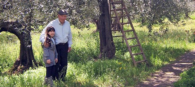 ディベンガ農園 ルイージさんと孫のノエミちゃん