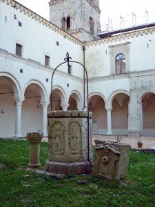 サンミケーレアルカンジェロ大修道院_モンテスカリオーゾ