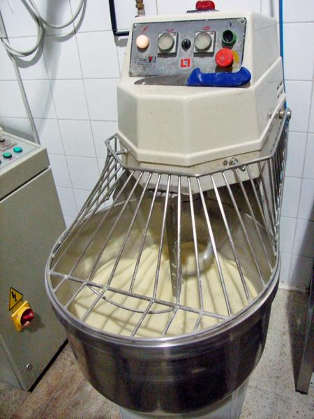 パンをこねる機械(小)