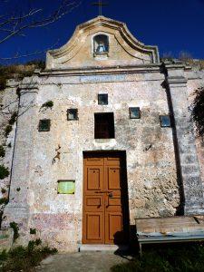chiesa_rupestre_della_madonna_delle_ vergini